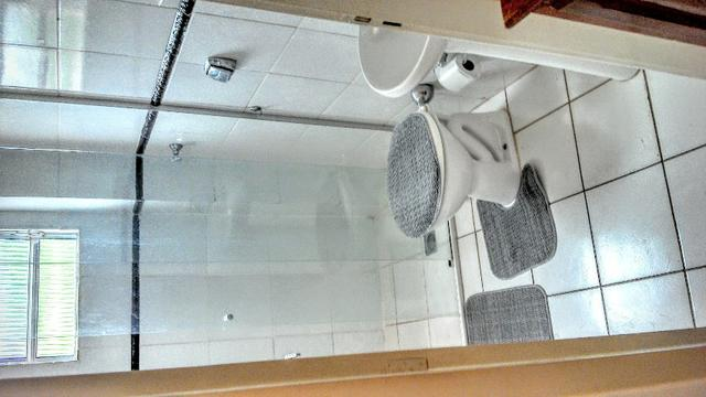 Apart.mobiliado e decorado com excelente localização - Foto 2