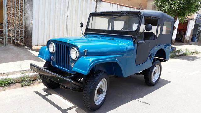 Jeep Willys 1957, há mais de 25 anos guardado duvido outro igual