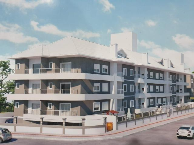 Apartamento 02 Dormitórios 400 metros do mar - Foto 3