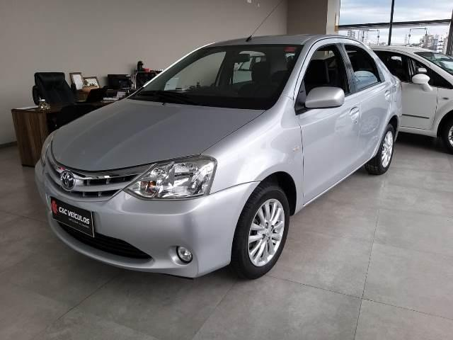 Etios Sedan XLS 1.5 unico dono - Foto 2