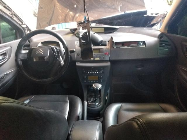 Citroen C4 Pallas Exclusive 2.0/16V. Peças,motor,caixa,câmbio,portas,acessórios  - Foto 8