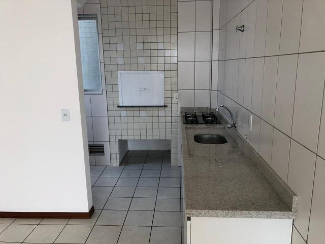 Apartamento à Venda, 76,00m² àrea privativa - 1 suíte + 2 quartos - Ilha da Figueira - Foto 4
