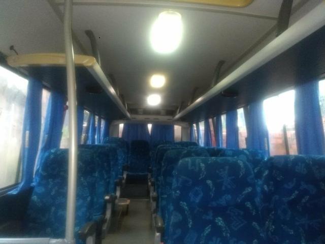 Micro ônibus Volares V8