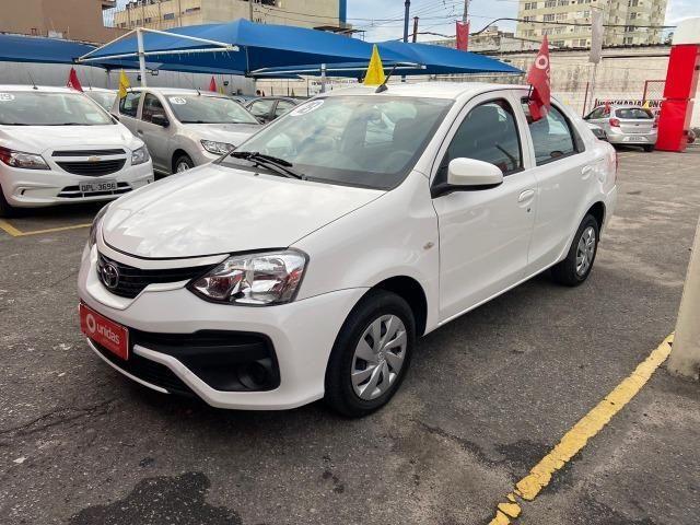Etios Sedan X 1.5 2018 IPVA + Transferência Grátis! - Foto 2
