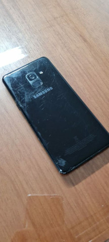 Samsung A8  - Foto 2
