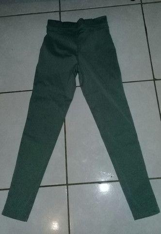 Calça verde - Foto 2