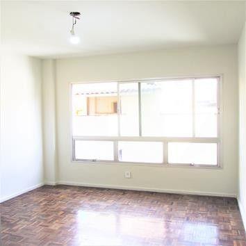 Apartamento para aluguel possui 75 metros quadrados com 2 quartos em Tijuca - Rio de Janei - Foto 3