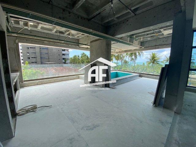 Apartamento beira mar com piscina na varanda - Ponta Verde - Foto 4