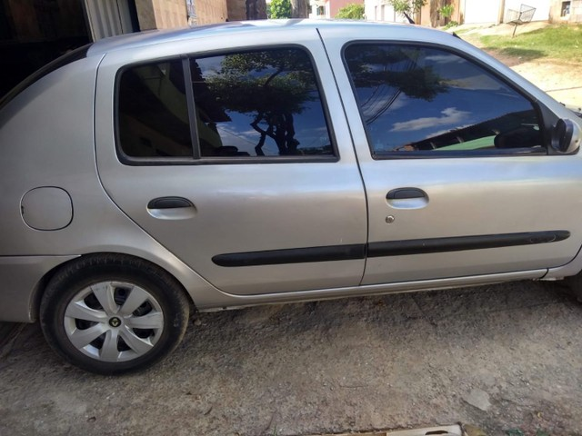 Renault Clio sedã 1.0 2006 - Foto 3