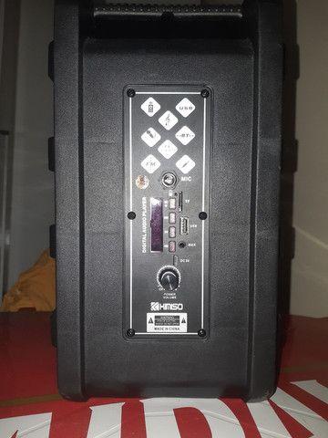 Caixa de som bluetooth com entrada para microfones  - Foto 4