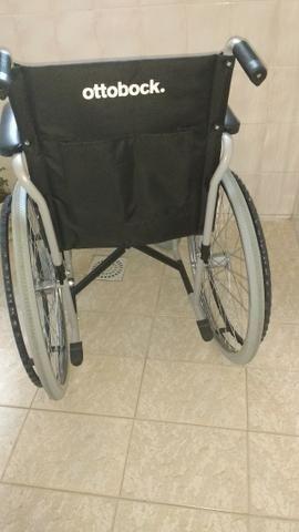 Cadeira de rodas para passeio assento lavável