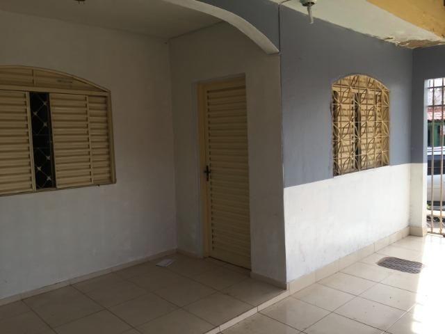 Noble Vende -Gama casa com 03 quartos lote de esquina vazado aceita apartamento na troca - Foto 13