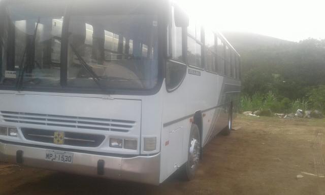 Vendo ônibus volksvagen 16.180