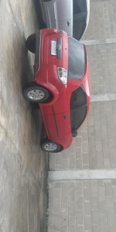 Vendo e troco Ford Ka 2013 com ar condicionado e som - Foto 5