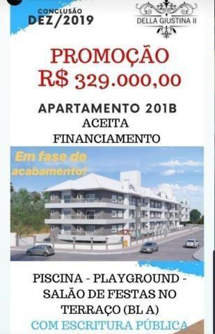 Apartamento 02 Dormitórios 400 metros do mar - Foto 2