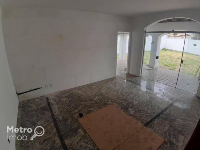 Casa de Conjunto com 4 quartos para alugar, 450 m² por R$ 5.000/mês - Parque Atlântico - S - Foto 3