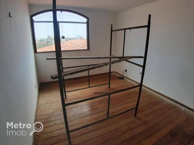 Casa de Conjunto com 4 quartos para alugar, 450 m² por R$ 5.000/mês - Parque Atlântico - S - Foto 12