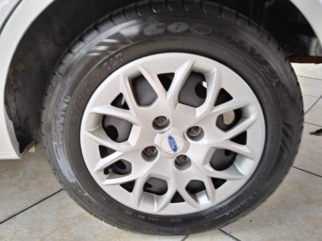 Fiesta 1.6 Mpi Class Sedan 8V Flex 4 portas Manual 2013 - Foto 13