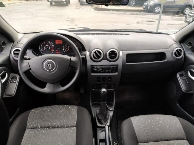 Renault Logan Expression Hi-Flex 1.0 16V 4p - Foto 8