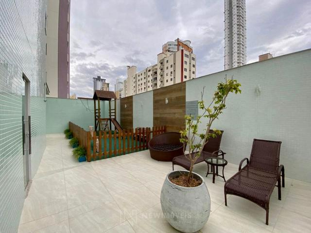 Apartamento andar alto com 3 Suítes 2 Vagas no Centro em Balneário Camboriú - Foto 6