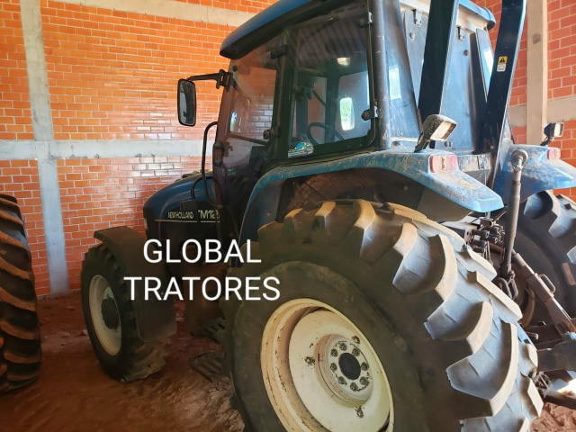 Oferta!!! Trator New Holland TM 120 - Foto 4