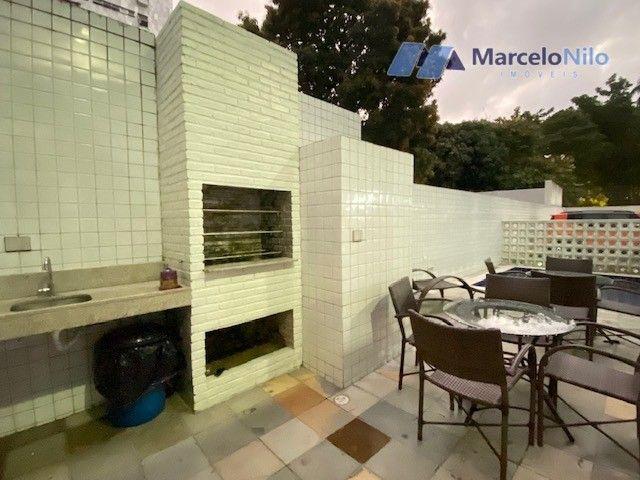 Apartamento  nos Aflitos, 75m2, 3 quartos, 2 suítes, 2 vagas soltas e mobiliado - Foto 17