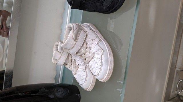 3 Nikes infantis  - Foto 4