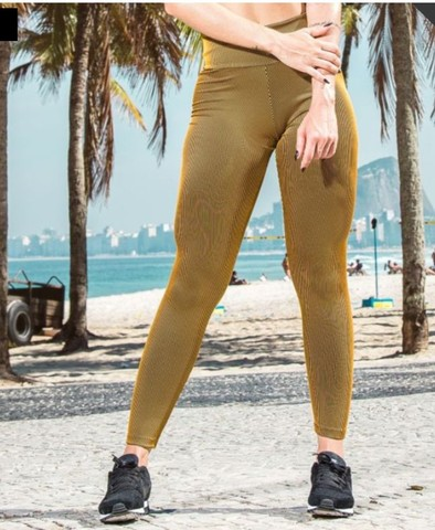 Legging poliamida dourada