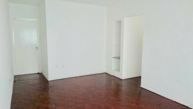 Apartamento 3 quartos na melhor localização de Boa viagem