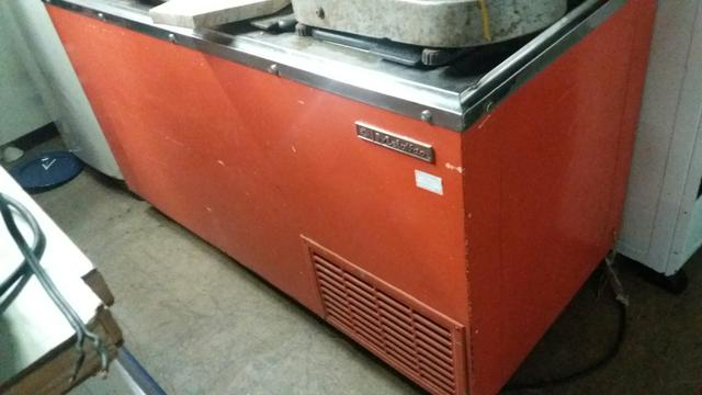Freezer vintage Kibon-Parc 4x- Mercado das Pulgas