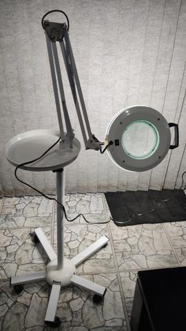 Lupa Articulada e Luminária de LED com Tripé e Bandeja - Estek - Foto 4