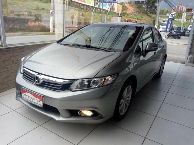 New Civic LXR automático 2014 bem cuidado