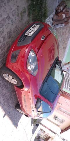 Vendo e troco Ford Ka 2013 com ar condicionado e som - Foto 2