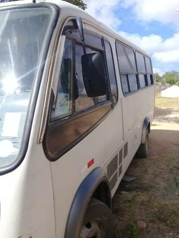 Microonibus MB 710 Comil 2002 - Foto 3
