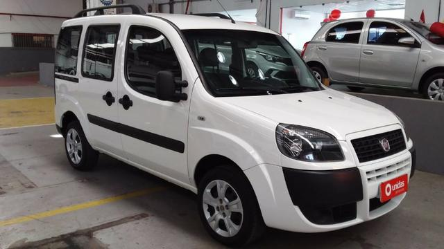 Fiat Doblo Essence 1.8 2018/2019 - Foto 4