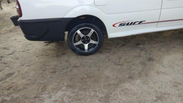 Jogo de rodas 15 com Pneus Obs: Aceito troca em Rodas 14 de ferro com pneus