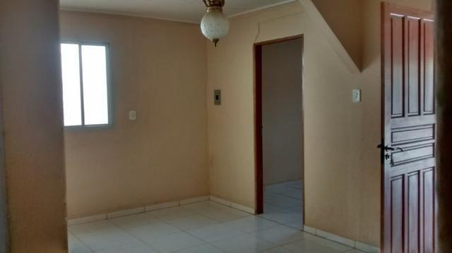 Casa 3 quartos, ótima referência, recém reformada - Foto 6