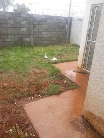 Alugo uma casa no Bairro Gardenia R$ 620,00 ( não paga condomínio) - Foto 2