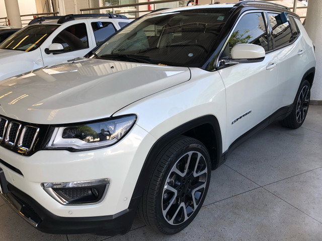 Compass Limited 2019 Flex baixo km