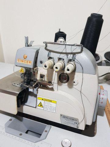 Máquina de Costura Overlock Singer Direct Drive Bivolt - 3 Fios - Foto 2