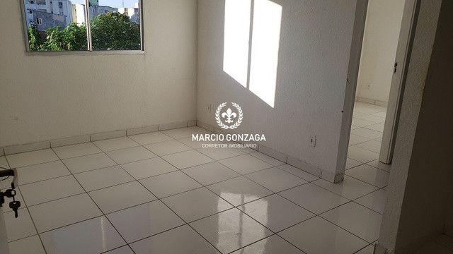 Apartamento com 2 quartos, condomínio familiar no bairro de Candeias! - Foto 3