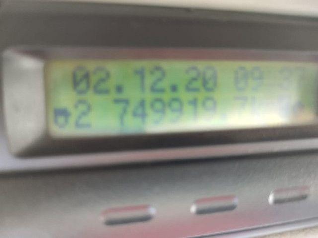 Volvo FM 370 ano 2011 6x2 - Foto 6