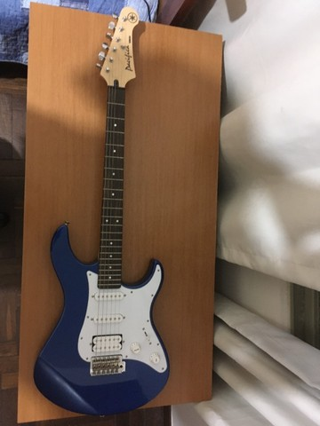 guitarra yamaha pacifica 012 azul praticamente nova! - Foto 3