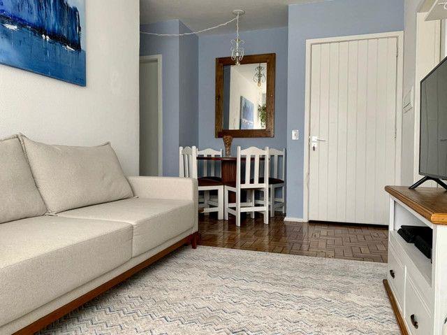 Apartamento com 2 quartos em ótima localização - Foto 2
