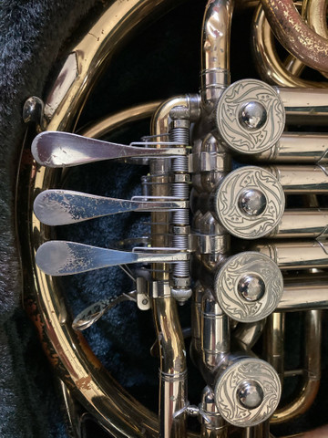 Trompa Yamaha Custon  - Foto 3