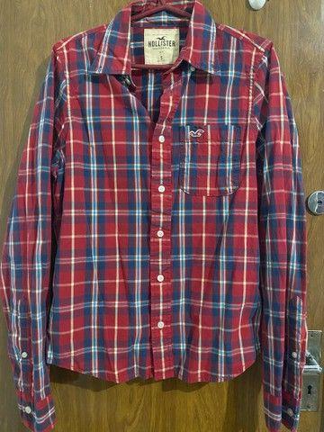 Camisa xadrez vermelha Hollister feminina P/M - Foto 3