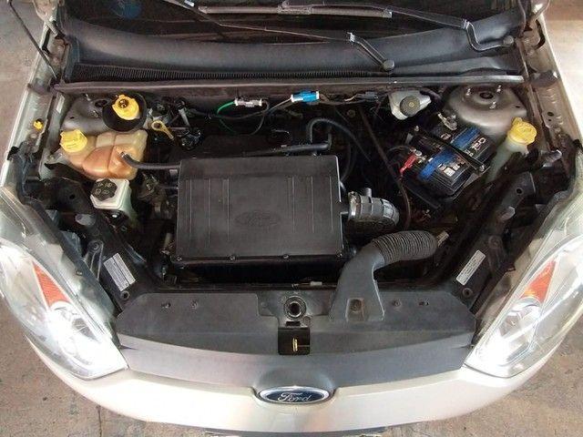 Ford Fiesta Sedan 1.6 ROCAN SE 8V FLEX 4P MANUAL - Foto 7