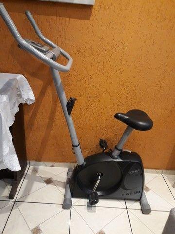 Bicicleta ergométrica  Caloi usada - Foto 5