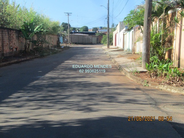 Casa 2/4, mas 2 barracões, lote de esquina 307 m², vila Operaria Anápolis  - Foto 17
