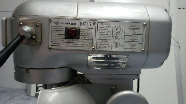 Batedeira Industrial Venâncio BV15  20 litros  - Foto 2